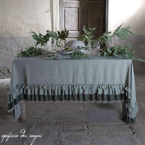 Tovaglia Champagne in lino con rouche in velluto e seta 180 x 270